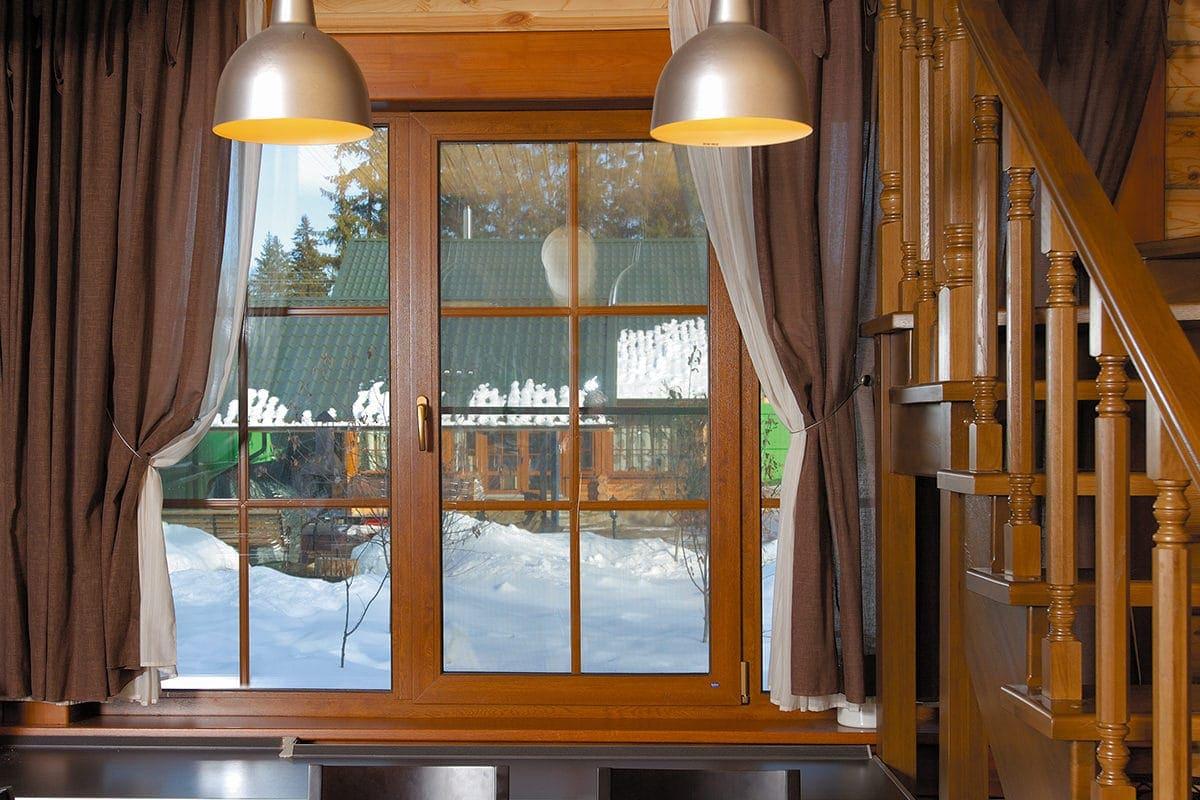 пример окна для частного дома
